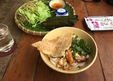 ベトナムのローカル料理!!