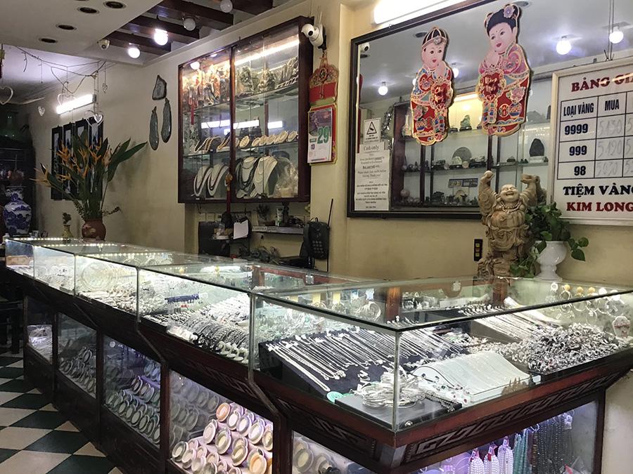 ハンバック(Hàng Bạc)通り | ハノイの旧市街おすすめ観光スポット17選!